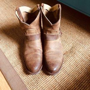 Frye Wyatt Harness Leather Short Boot- Size 8